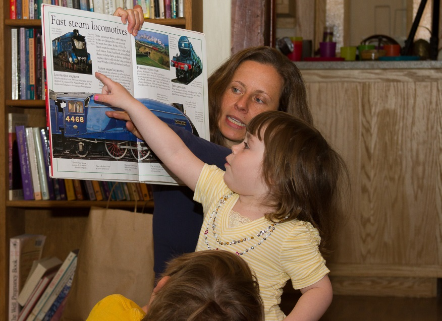 STEM to Read, Storytime.Embudo Library